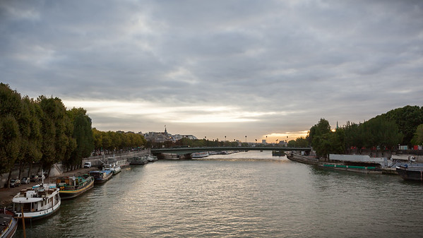 View northeast from the bridge towards Pont de l'Alma