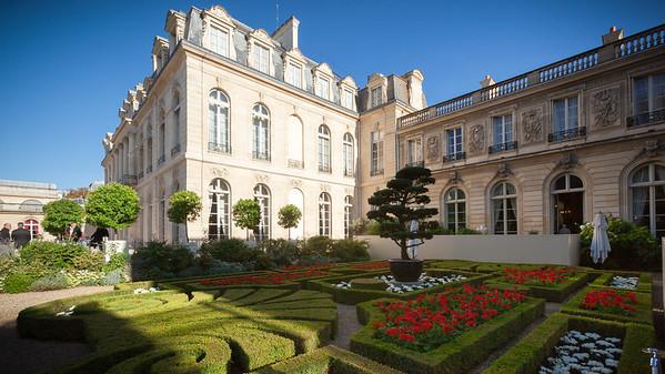 French-style garden