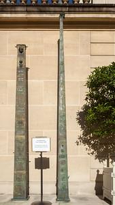 Les Obelisques