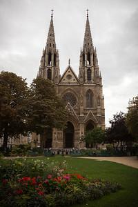 While walking along Rue Saint-Dominique, we come across Square Samuel Rousseau and Basilique Sainte-Clotilde