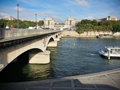 Looking back across Pont d'Iéna to Palais de Chaillot