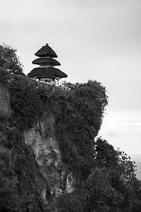 Pura Luhur Uluwatu in black-and-white