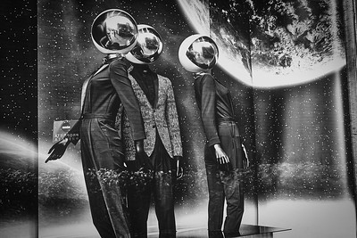 Mannequins in Space II
