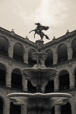 The fountain in the courtyard of the National Palace