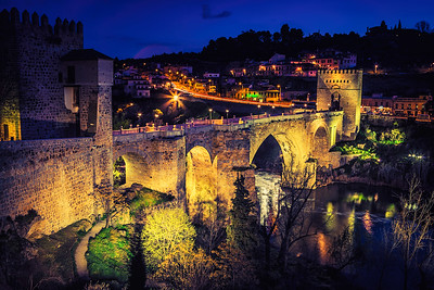 San Martin's Bridge at Night