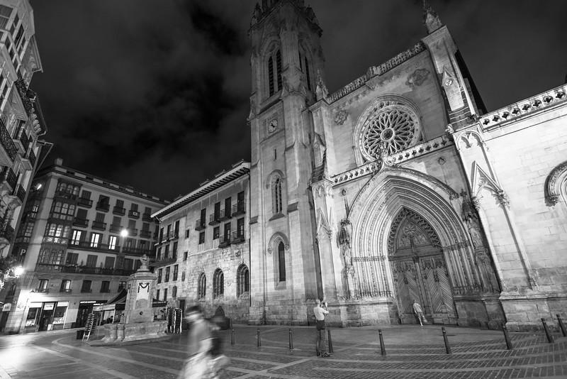 Iglesia de noche, Bilbao
