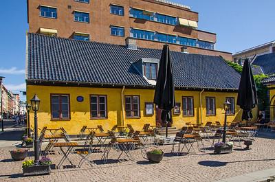 Anatomigården (also known as Brennerigården) located in the oldest area of Oslo.  Anatomigården (også kjent som Brennerigården) i den eldste delen av Oslo.