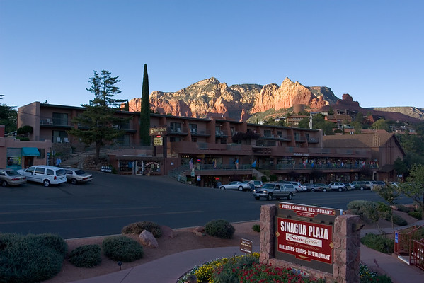 Around 5pm, Valerie and I leave the hotel to take a walk around Uptown Sedona.  It's time to investigate our dining options
