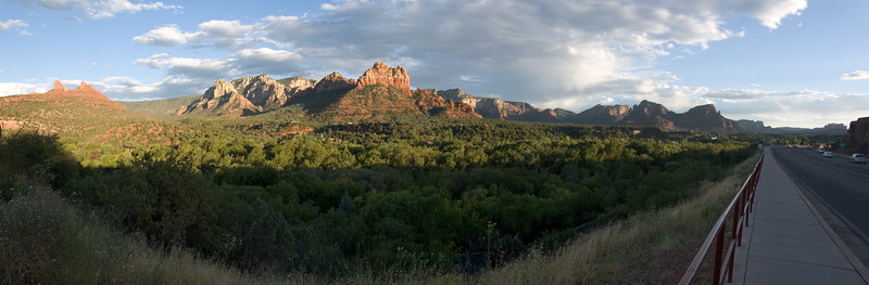 As we reach the end of the uptown shops along highway 89 Alt, we're treated to an unobstructed view of Sedona