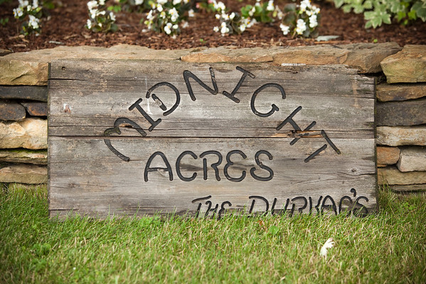 """This is a nicer version of the sign I remember...and the old one read """"Achers"""" not """"Acres"""""""