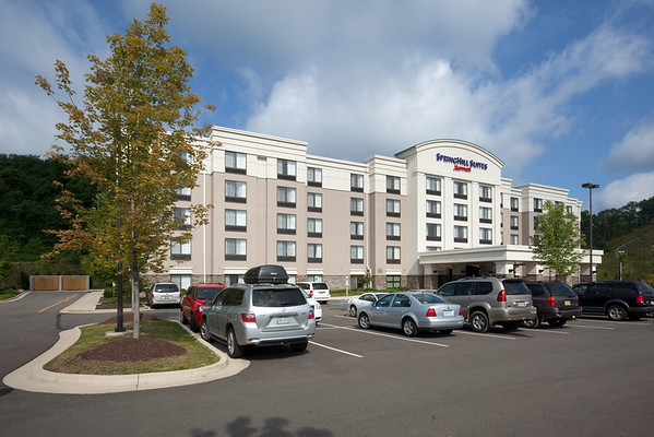 DAY 3 - It is time to check out from the SpringHill Suites Pittsburgh Mills