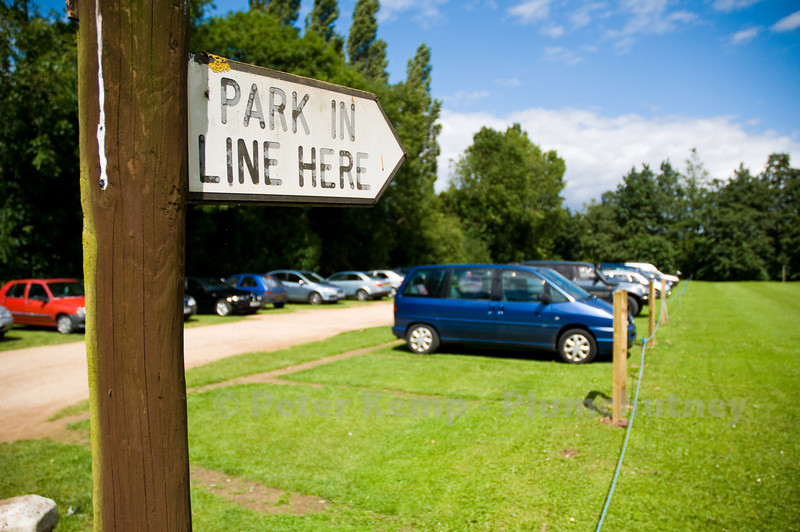 park in line here