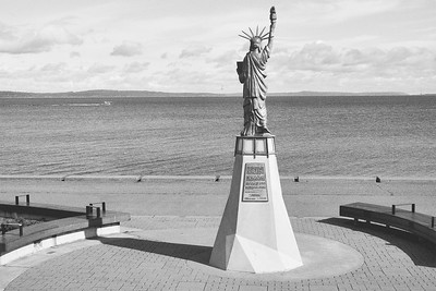 Alki Statue of Liberty with Speedboat