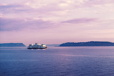 Ferry heading from Clinton to Mukilteo.