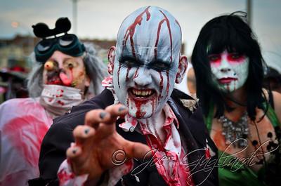 20121006_Zombie_Walk_2012_19405