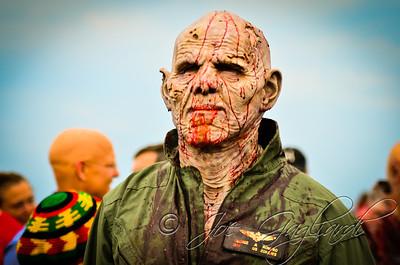 20121006_Zombie_Walk_2012_19345