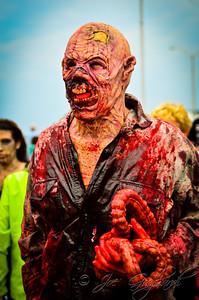 20121006_Zombie_Walk_2012_19348
