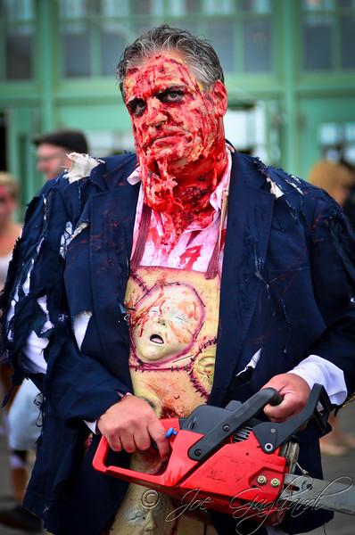 20121006_Zombie_Walk_2012_19102