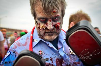 20121006_Zombie_Walk_2012_19458