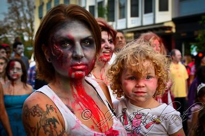 20121006_Zombie_Walk_2012_19559