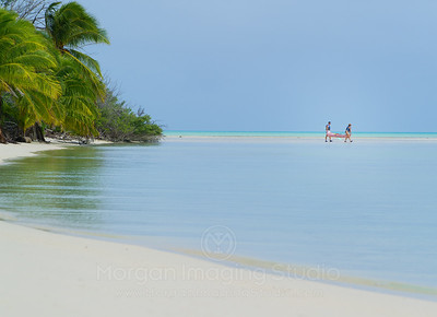 Kayakers, Aitutaki, Cook Islands