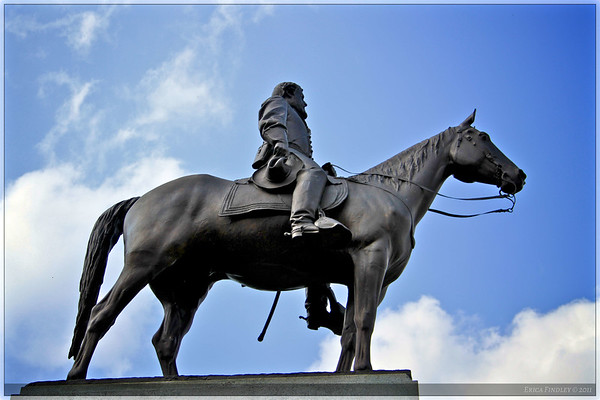 General Lee sits on his horse, Traveler, on top of the Virginia Monument.