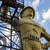 Golden Driller Below