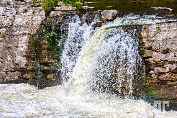 Waterfall on Rideau canal