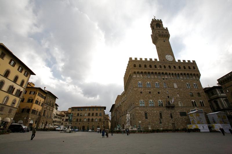 palazzo vecchio and piazza