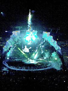 U2 in blue