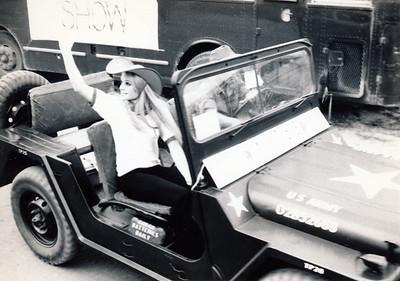 Bob Hope Show - behind the scenes pics - Gold Diggers