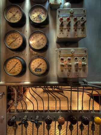 USS Hornet - Dials