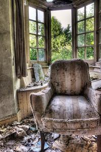 Manor-Boudoir-Chair