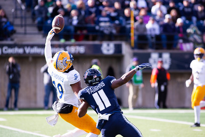 Utah State's Vaughns and San Jose's Monroe in the last home game of the season against San Jose State on Nov. 11, 2018 in Logan, Utah. Aggies went undefeated on their home turf with a 62-24 win against the Spartans. (Megan Nielsen)