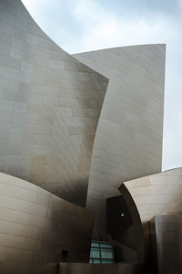 Believe it or not, this is my first time standing near the Walt Disney Concert Hall