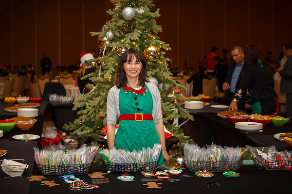 Valerie volunteers to work the craft table at Terranea's Associate Santa Brunch