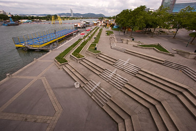 Public gardens along the Danube