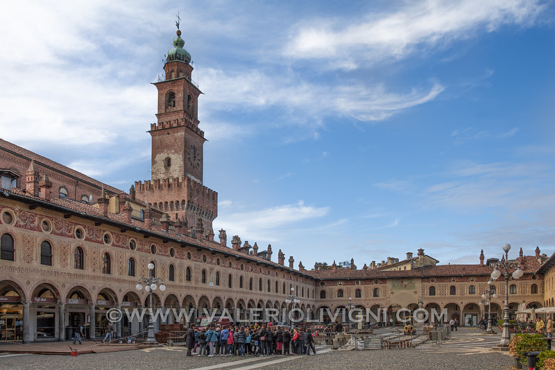 Ducale Square and the Bramante Tower