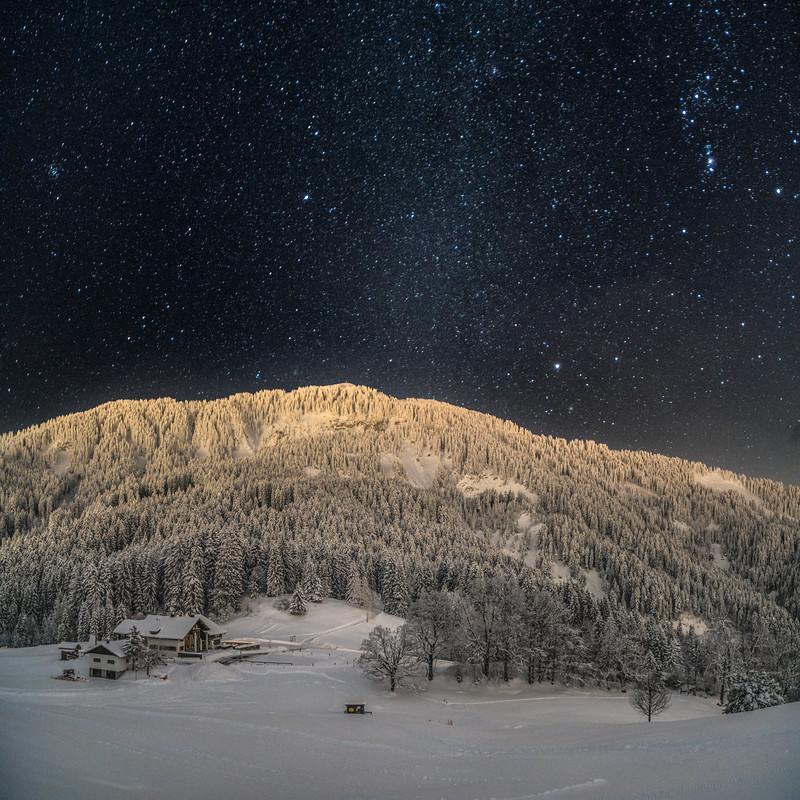 Sternenhimmel über der Millrütte und der Hohen Kugel