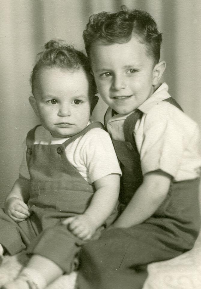 037 Russel & Paul R  1947