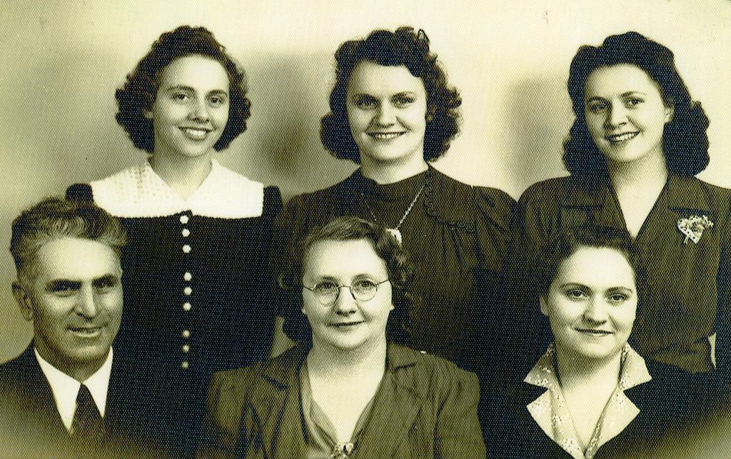030 Ava, Iva, Eva, Jesse, Grace, Roa Payne 1940