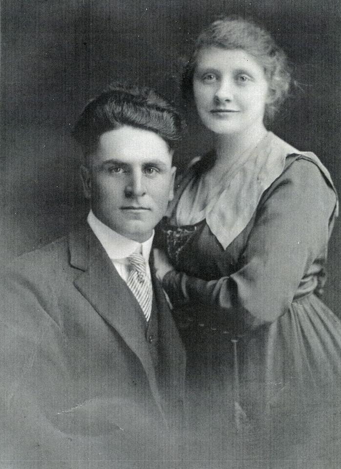 001a Jesse & Grace Payne, Eva's parents