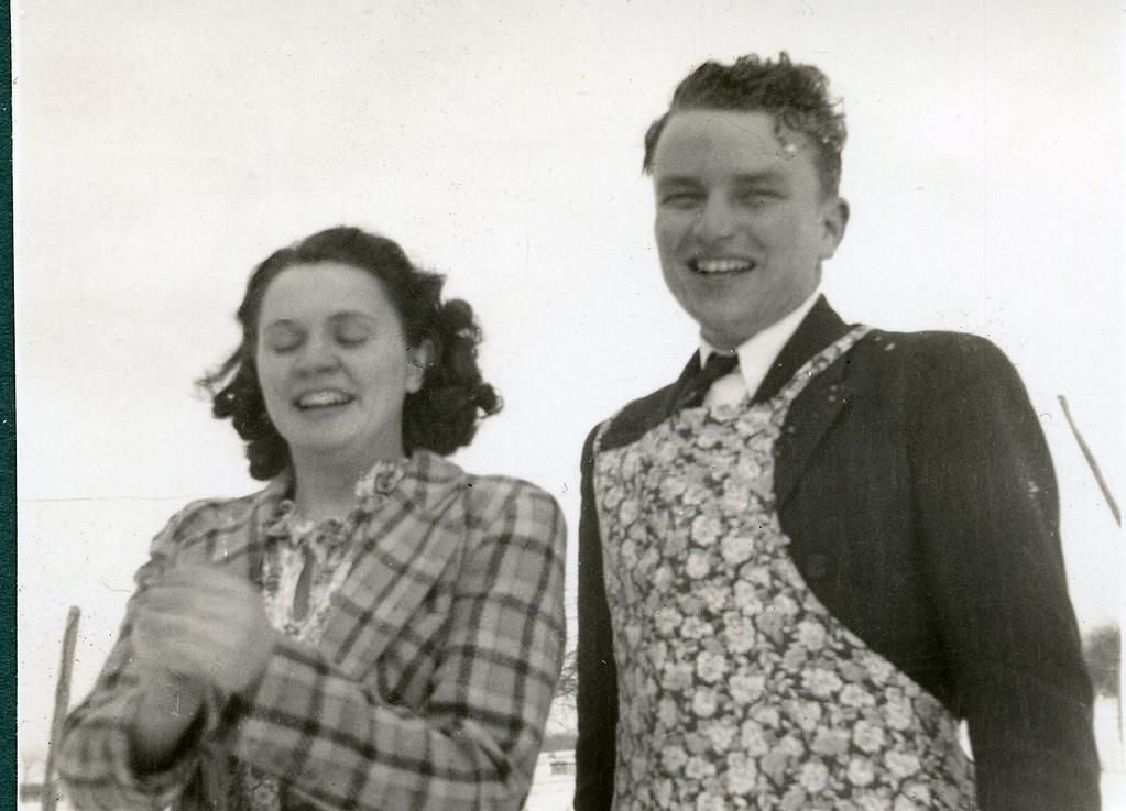 026 Eva & Paul Easter 1938
