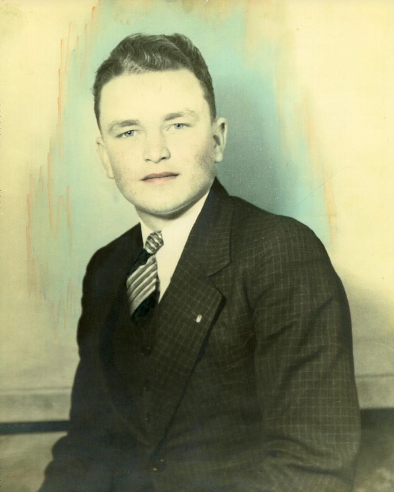 023 Paul Thomas Voris High School Senior 1937