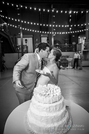 ALEXANDRA + GARETH Sweet Kiss