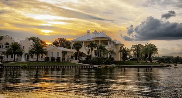 "WPP1426  ""Mansion on the Lake"""