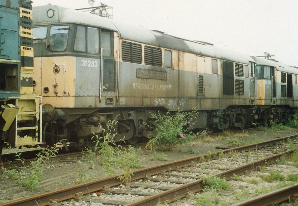 31233, Old Oak Common. August 2000.