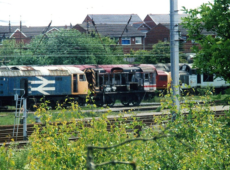 08673, Wigan CRDC. May 2001.