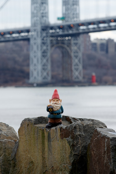 Near the GWB. Keeping a watchful eye on the shenanigans of Gov Teddy Bear.