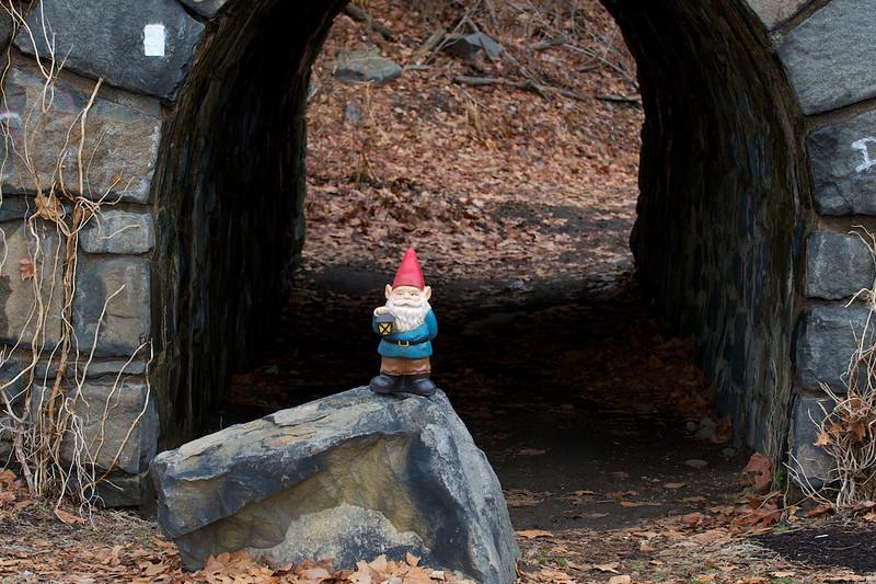 Gnome at the George Washington Bridge 01/12/2014
